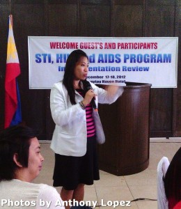 Dra. Hilda Bucu gives rationale of the program.