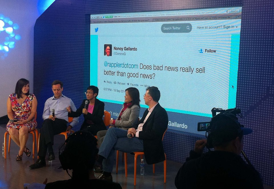 Speakers Kelli Arena, Stuart Kale, Maria Ressa, Ging Reyes, and Sasa Vucinic answer a question from Twitter.